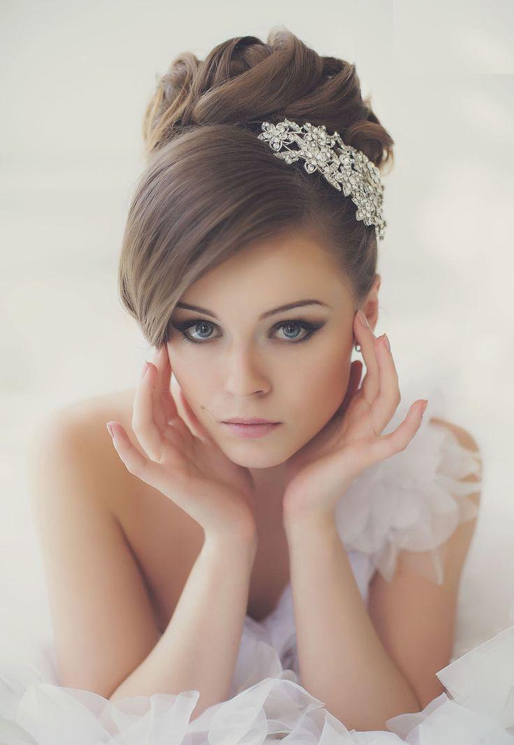 Красивые причёски на свадьбу для невесты